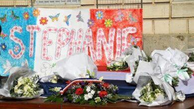 Attaque De Rambouillet Des Hommages Rendus Dans Toute La France A La Fonctionnaire De Police Lken5Ybgbe Image
