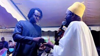 Battre De Tarba Mbaye Pour Son Pere Moustapha Mbaye Cest Tres Emouvant Oe 7Hit7M7M Image