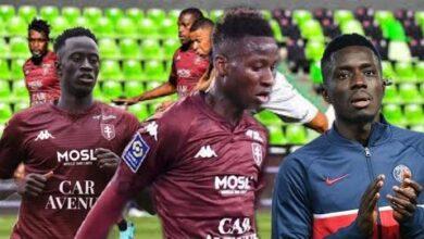Gana Gueye Fausse Le Rv Pape Matar Sarr Enorme Come Back De Ibrahima Niane Metz 1 3 Psg U3L3O4Gijbs Image