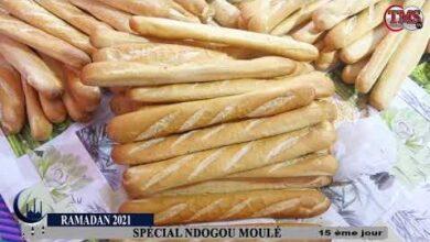 Ramadan Moule Distribution De Ndogous Par Lequipe De La Tms Tv Avec Thierno Moule Sow Rnxambbzz1K Image