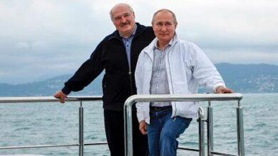 Viagem De Barco Entre Putin E Lukashenko Embalada Por Protestos Kmyis Mlkp4 Image