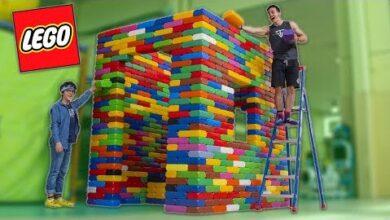 On Construit Une Maison Geante En Lego Xxl Guy1Yqkfobc Image