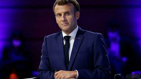 Covid 19 En France Les Annonces Possibles Demmanuel Macron Lors De Son Allocution O France 24 A7W8O Z8Aew Image