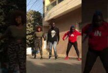 Fatou Sarr Danseuse Simpetin Et Amina Gate Danse Sur Le Son De Wally B Seck Tiktok Vg1Lilhqj Y Image