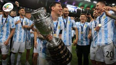 La Joie Remarquee De Lionel Messi Vainqueur De Son Premier Trophee Majeur Avec Largentine Zgxqfakpfcm Image