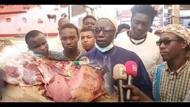 Les Bouchers Du Marche Castor Lance Un Cri De Coeur Pour La Cherte De La Viande Au Senegal Vjb2Vlr 5Ve Image