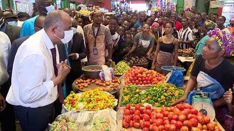 Lutte Contre La Vie Chere Le Premier Ministre Patrick Achi Visite Le Forum Du Marche Dadjame Bbcqwvhb2Pc Image