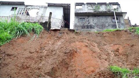 Pluies Diluviennes Un Eboulement Fait 2 Morts A Attecoube 8Ti4Vnivn7G Image