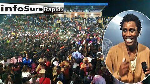 Toute Une Communaute Derriere Wally B Seck Lors De Son Concert Extraordinaire A Ndiandane Fouta Y3Lfimzutqm Image