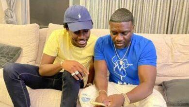 Apres Une Longue Dispute Akon Rend Visite A Waly Seck Pour Preparer Du Lourddonc Legui Ligueyna Efrnsg0Ahfw Image