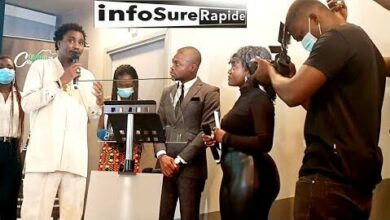 La Presse La Population Et Le Ministre Du Tourisme Ivoirienne Montrent Leur Amour A Wally Seck Tz4Fb2D8Vpg Image