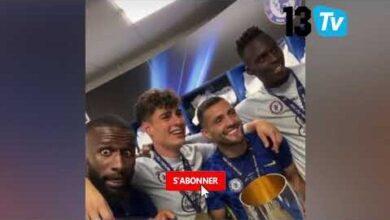 Nouveau Trophee Pour Edouard Mendy Chelsea Lemporte La Supercoupe Passe D Pour Boulaye Dia Hgidwufh8Ag Image