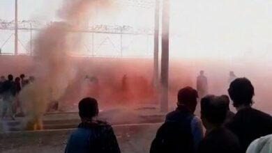Talibas Usam Gas Lacrimogeneo Para Dispersar Multidao No Aeroporto De Cabul Znwohnzsa3M Image