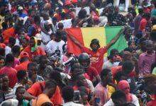 Guinee Retour En Heros Pour Quatre Opposants Au President Dechu Alpha Conde O France 24 W6Zuhnh3Ofc Image
