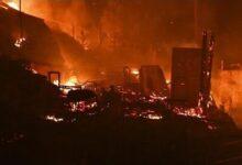 Incendio Em Campo De Refugiados Na Grecia P7Lhgpn M2C Image
