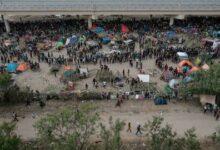 Ladministration Biden Veut Accelerer Lexpulsion De 15 000 Migrants Reunis Sous Un Pont Au T 64Z5Qprsdle Image
