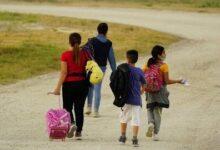 Migrantes Haitianos Chegam Ao Texas J2I2Vpl3Ory Image