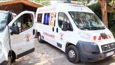 Remise Des 2 Ambulances Offertespar La Fondation Moujabber A Lassociation Dsb Hl2Csv7Y8Dk Image