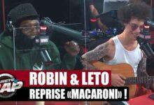Robin Reprend Macaroni A La Guitare Devant Leto Planeterap Wxvzlx0241E Image